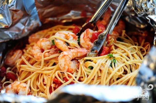 Креветки со спагетти