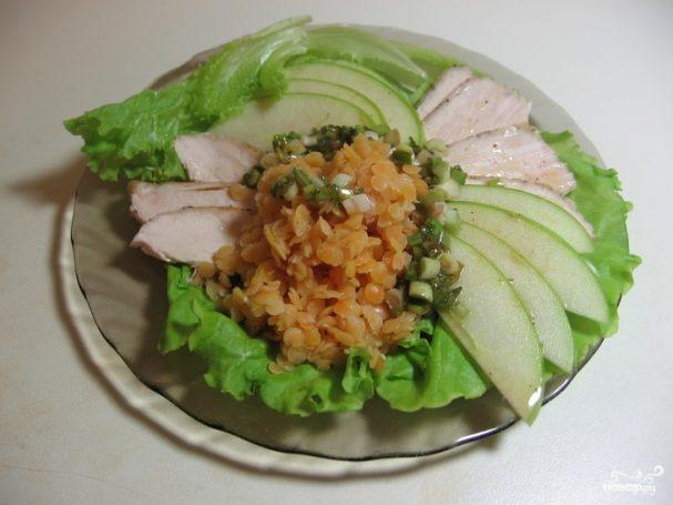 Салат из чечевицы с мясом