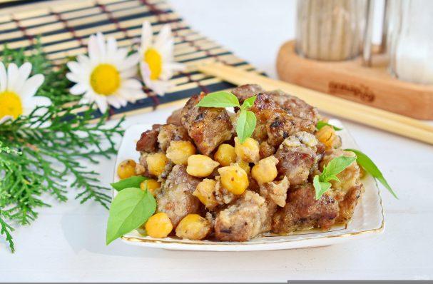 Жаркое из говядины с горохом