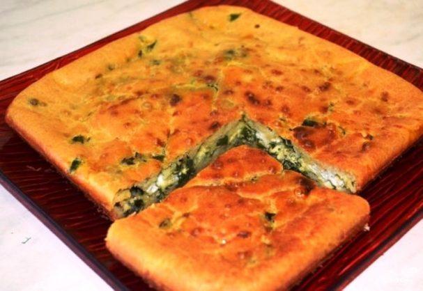 Пирог с луком на кефире