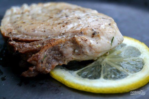 Рыба-меч на сковороде
