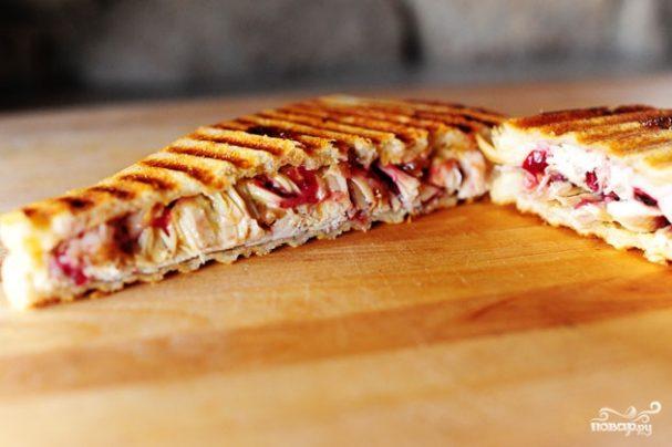 Швейцарский бутерброд с индейкой