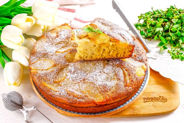 Пирог с айвой на кефире