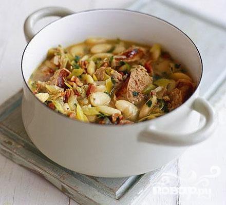 Касероль с колбасой и бобами