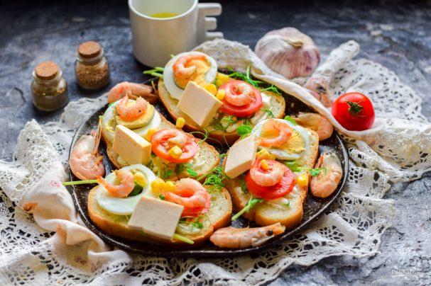 Бутерброды с креветками на праздничный стол