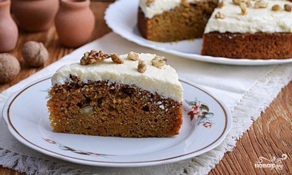 Морковный пирог с орехами