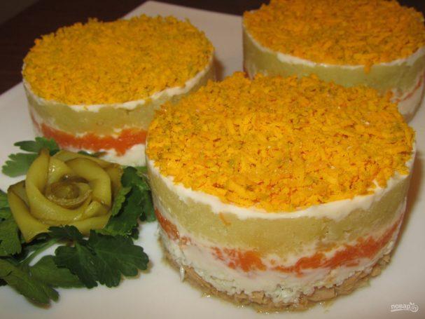 """Салат """"Мимоза"""" с картошкой и сыром"""