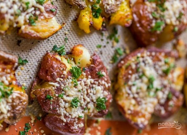 Картофель ,запеченный в духовке