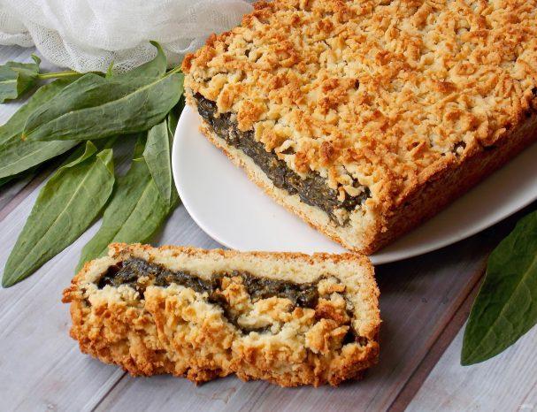 Песочный пирог со щавелем