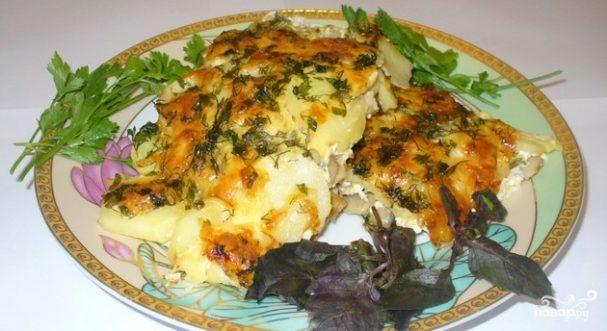 Картофель с сыром и грибами