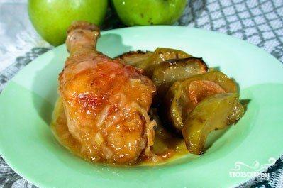 Окорочка с яблоками