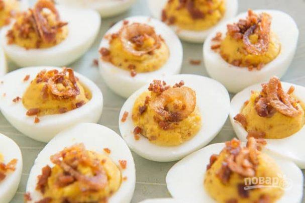 Фаршированные яйца по-французски