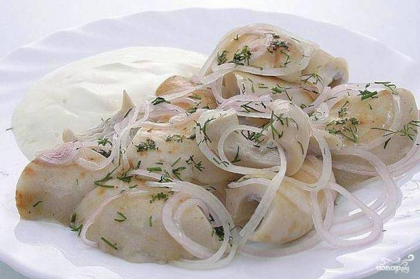 Грузди соленые со сметаной
