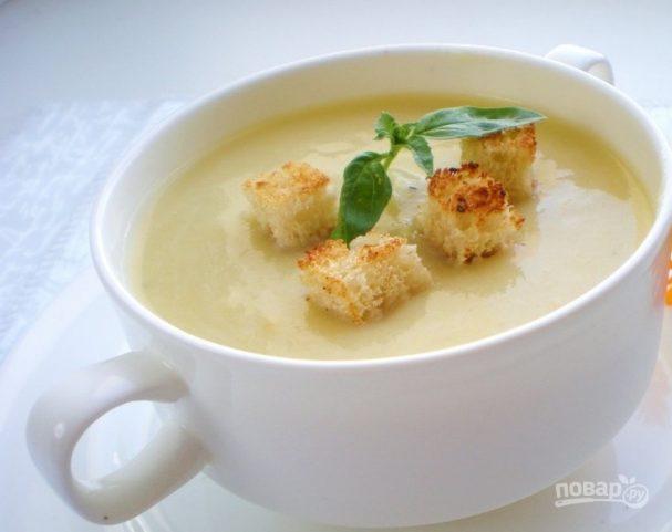 Суп-пюре простой из кабачков