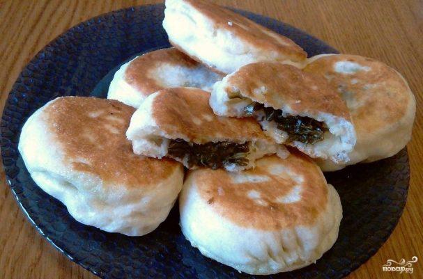 Пирожки со щавелем из дрожжевого теста