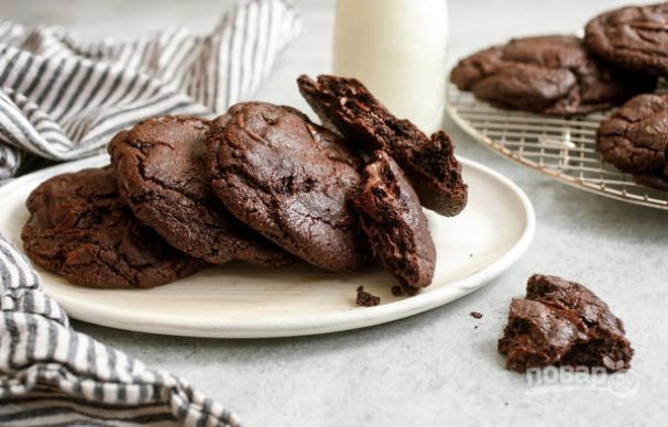 Печенье шоколадное