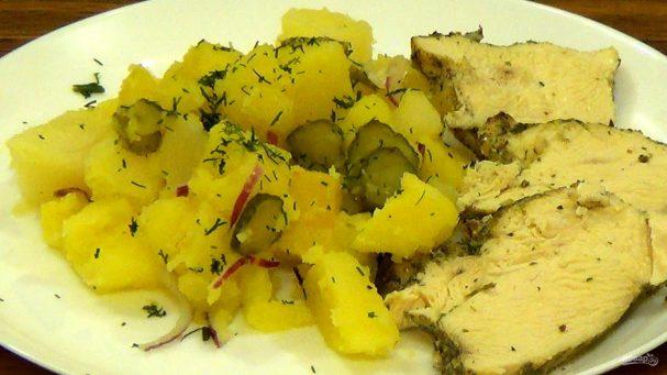 Картофель и мясо в горшочках