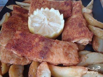 Рыба, жареная в сухарях