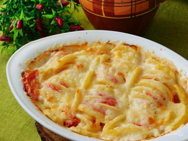 Запеканка из картофеля с помидорами