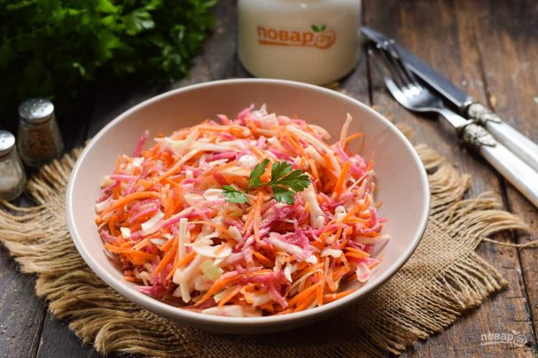 Салат из редьки с капустой