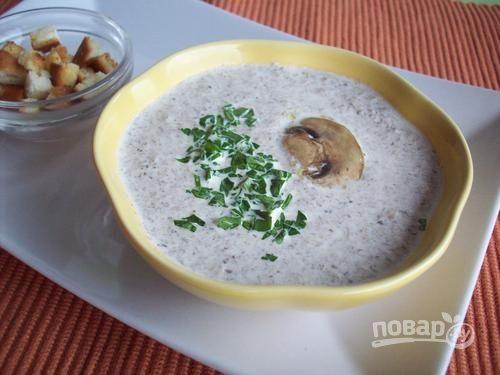 Суп-пюре с шампиньонами и сыром
