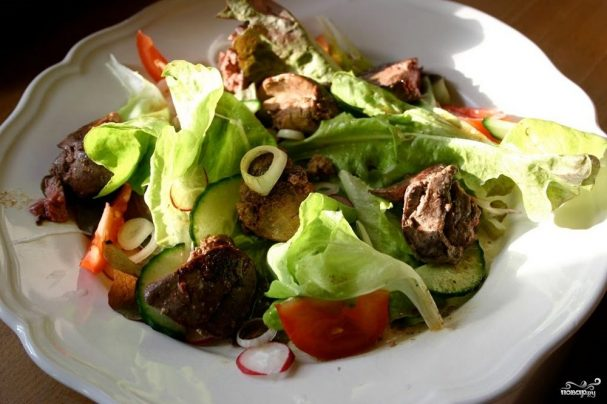 Салат из печени индейки
