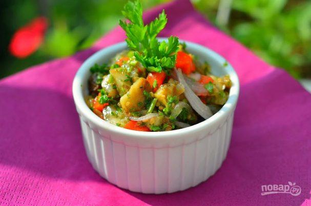 Салат из баклажанов с зеленью