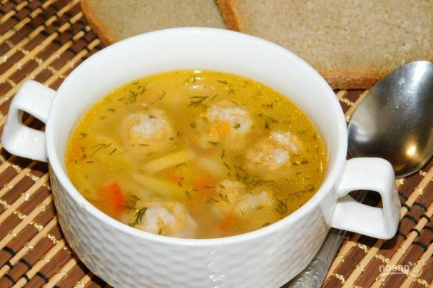 Суп с фрикадельками и чечевицей