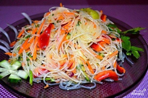 Салат из фунчозы с овощами рецепт пошагово в
