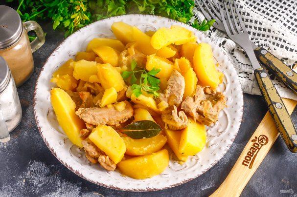 Тушеная картошка с козлятиной