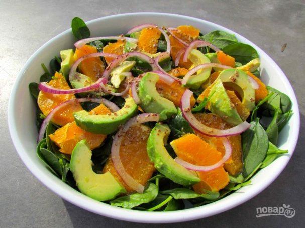 Салат из авокадо с апельсиновым соусом