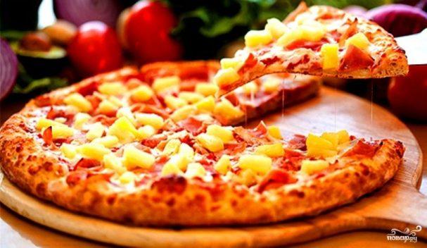 Пицца в микроволновке без дрожжей