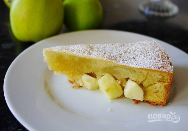 Шарлотка (воздушный яблочный пирог)