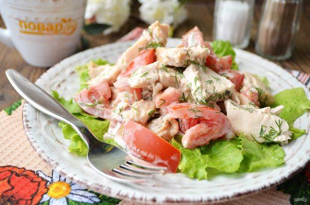 Куриный салат с лимоном и йогуртом