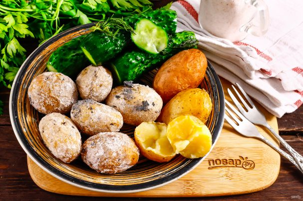 Картошка печеная в золе