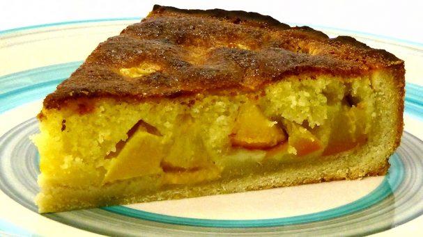 Песочный пирог с персиками (нектаринами)