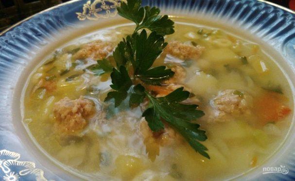 Суп с куриными фрикадельками и овощами
