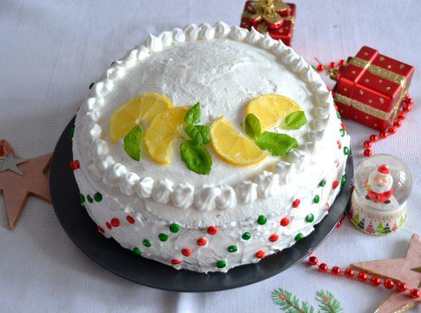 Лимонный торт с белковым кремом