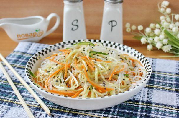 Китайский салат с крахмальной лапшой
