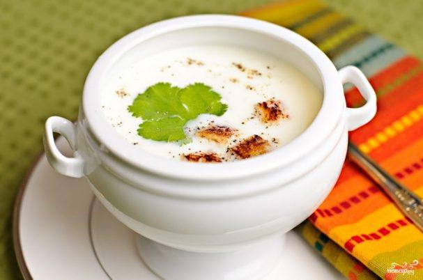 Чесночный суп с цветной капустой