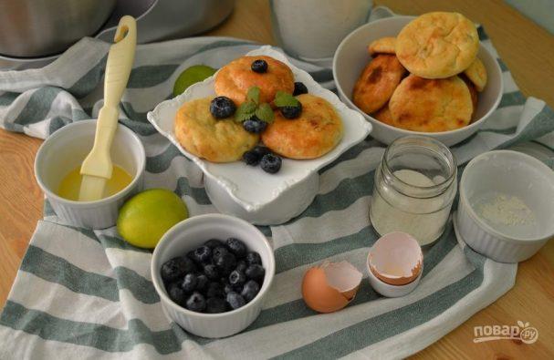 Сырники с изюмом и лимоном