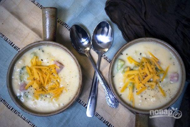 Картофельный суп с брокколи и ветчиной