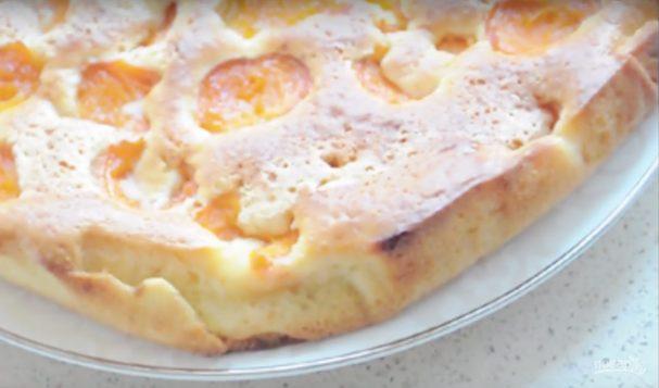 Заливной абрикосовый пирог