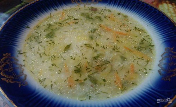 Суп с рисом с поджаркой на сливочном масле
