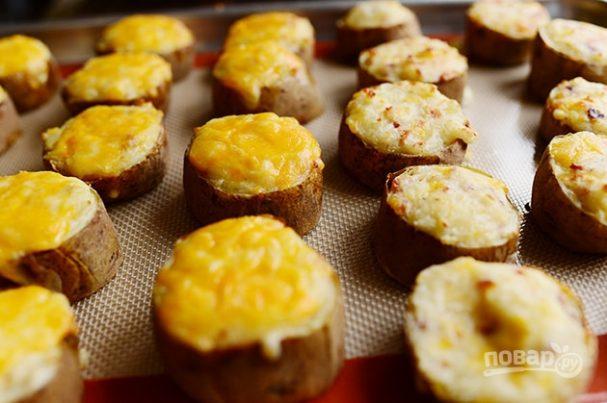 Фаршированный печеный картофель