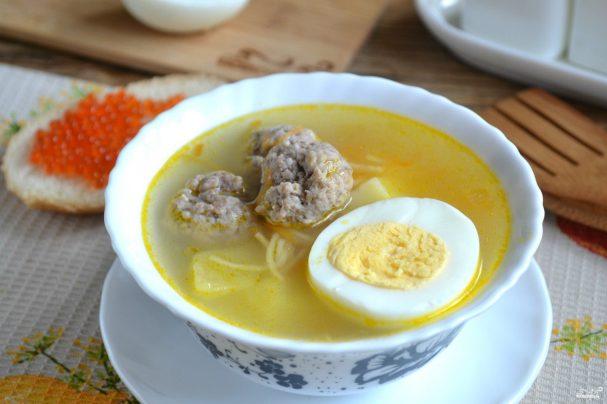 Нужно ли добавлять яйцо в фарш для супа с фрикадельками