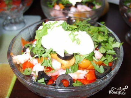 Салат с ветчиной и креветками