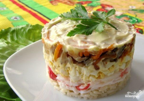 Салат с мясом краба