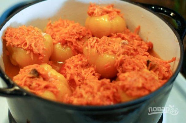 Перец, фаршированный морковью