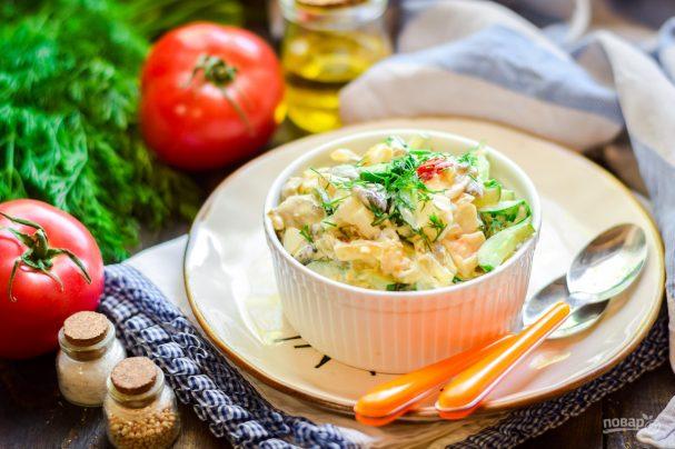 Салат из вешенок и кальмаров